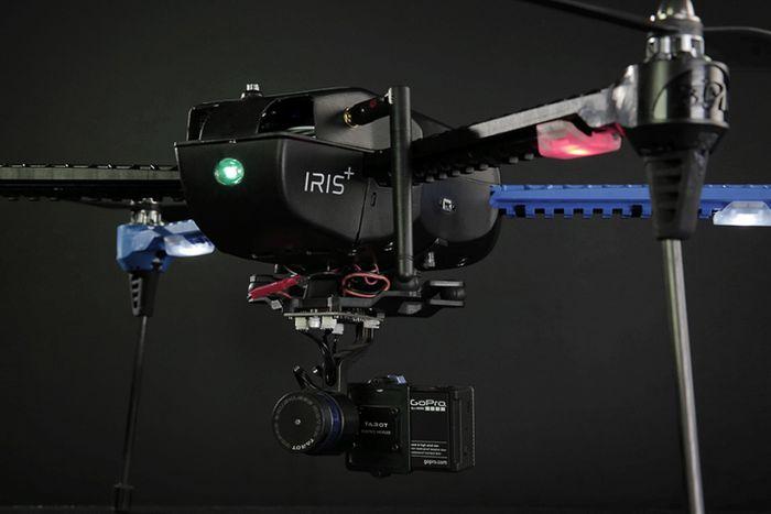 Iris+ – первый дрон-оператор, следующий за владельцем
