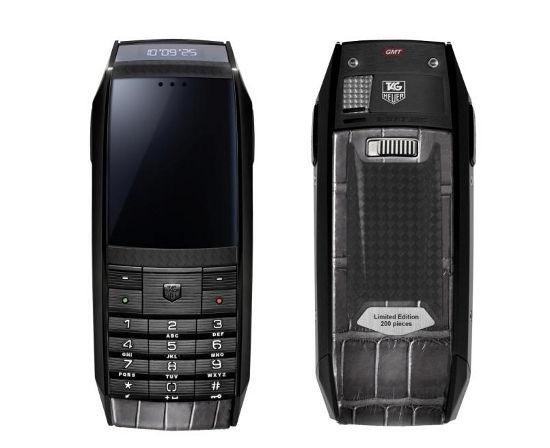 Коллекцию телефонов tag heuer carbon meridiist отделали в стиле спорткара
