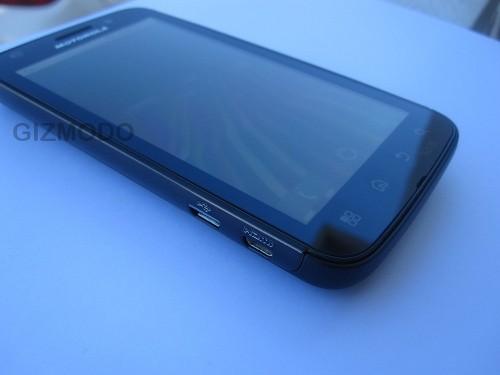 Motorola olympus: качественные изображения нового смартфона на базе nvidia tegra 2