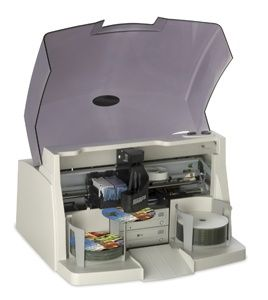 Primera представила новый принтер для дисков с приводами