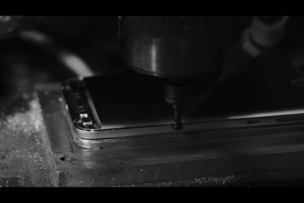 Процесс создания металлического флагмана umi plus e (видео)